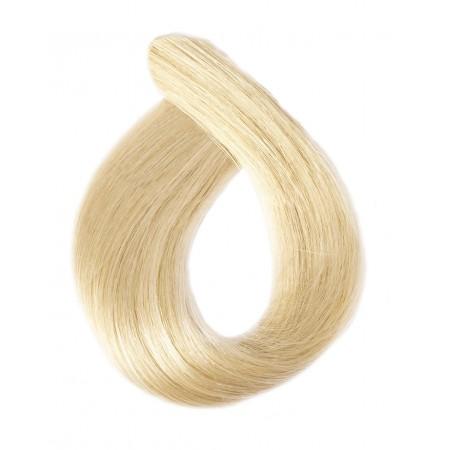 Włosy falowane kolor platinium zimny platynowy blond