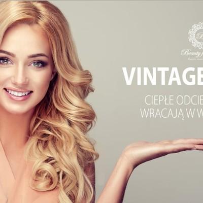 Gwiazdy kina i influencerki stawiają na vintage blond!  Wszystko wskazuje, że #lato2021 należeć będzie to ciepłych odcieni blondu. Platynowe kolory ustąpiły miejsca odcieniom miodowym, maślanym, pełnym słońca i blasku. Nasze przepiękne kolory #12, #16, #22 i #24 wracają w wielkim stylu☀️ Zamów teraz na https://przedluzanie-wlosow.info/pl/ Masz pytania? Napisz do nas, a my pomożemy Ci w wyborze:)  Tel. 510 986 419  #blond #beautyforyou #przedluzaniewlosow #włosy #dlugiewlosy #pięknewłosy #hairstyle #extensions #slavic #wlosyslowianskie #włosysłowiańskie #włosydoprzedłużania #włosomaniaczka #włosydoczepiane #kraków #fryzjer #fryzjerkraków #vintage #vintagestyle #hairstyle